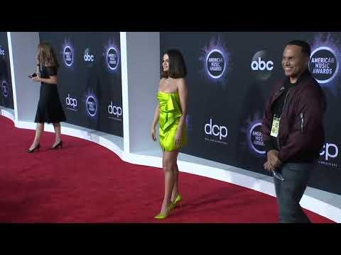 Selena Gomez Red Carpet Fashion I AMAs 2019