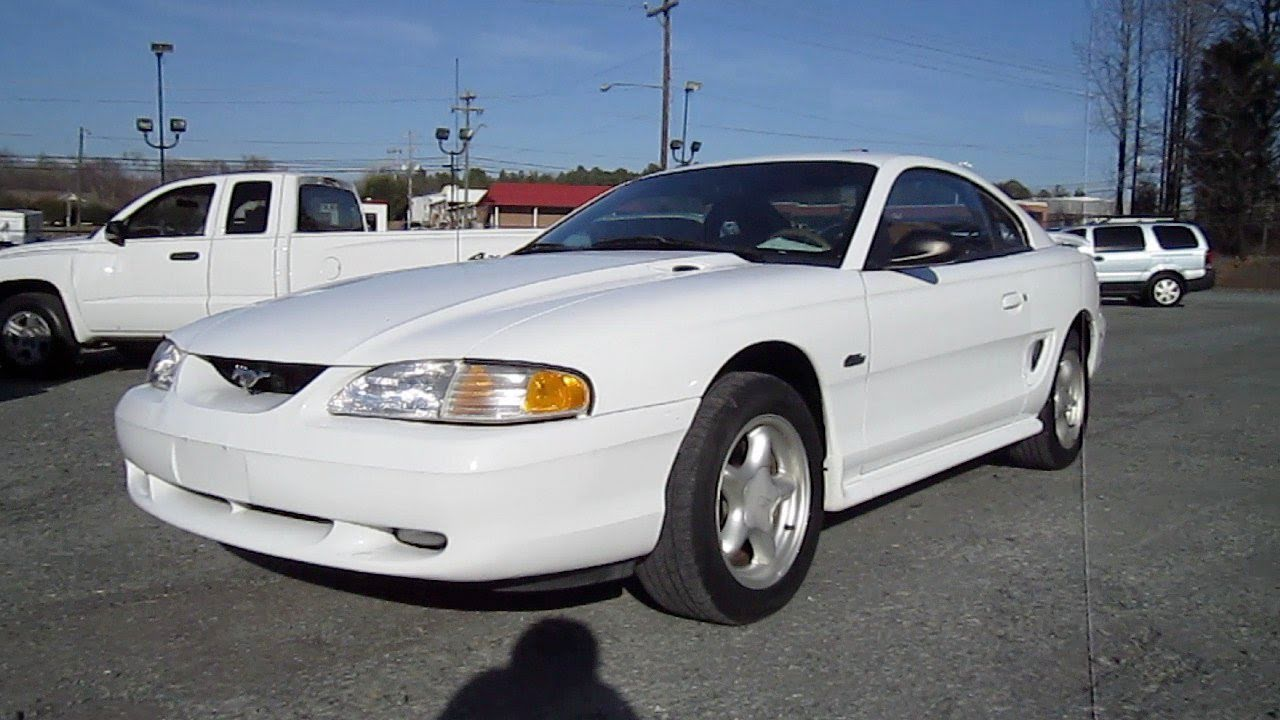 98 Mustang Gt >> 1998 Ford Mustang GT Start Up, Exhaust, and In Depth Tour - YouTube