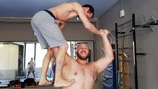 Огромный качок 150 кг в MMA