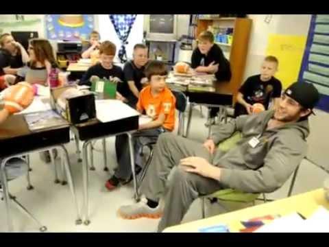 Tyler Bray visits Brandon Williams at school