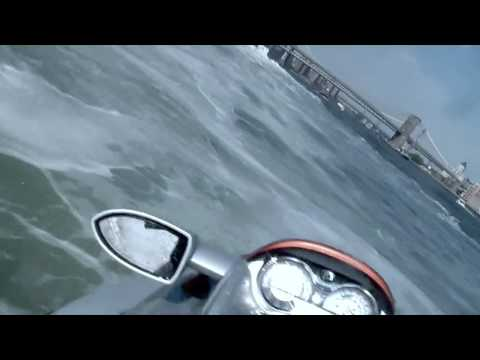 Jetski in Manhattan. Race planes, helicopters, boats and avoid the Coast Guard