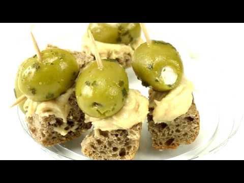 Brot Spieße DIY / Spieße mit Oliven und Hummus ganz einfach selber machen! Food Idea