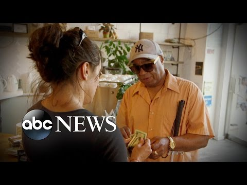 Blind Man Robbed When Asking For Help With Wallet   What Would You Do?   WWYD