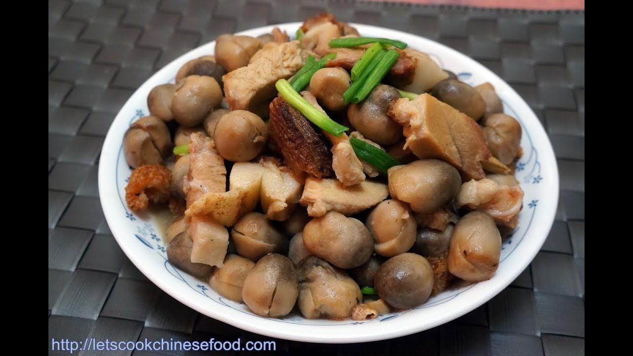 Chinese recipe stewed straw mushrooms with roasted pork youtube chinese recipe stewed straw mushrooms with roasted pork forumfinder Choice Image