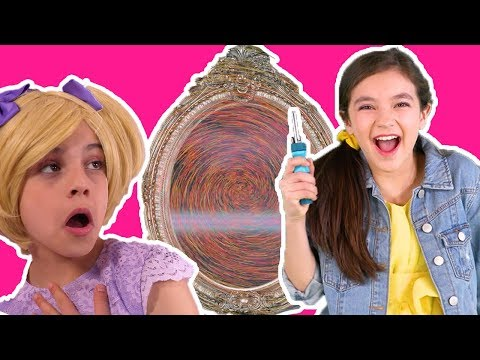 TELEPORTATION MAGICAL MIRROR 💫 Princesses on a lost mission! - Princesses In Real Life | Kiddyzuzaa