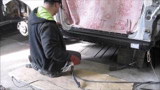 Gambar cover Ford Focus. The rocker panel replacement. Замена порогов.