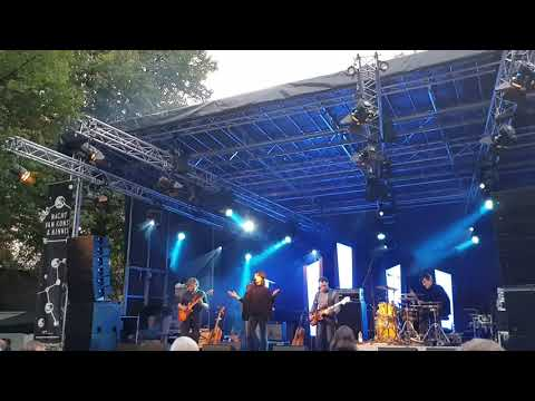 Intergalactic Lovers - River - Leiden 16/9/2017 new single