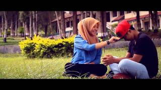 Video Dhan ID and K_naha with Triary seakan salah ku  (official clip) download MP3, 3GP, MP4, WEBM, AVI, FLV Oktober 2017
