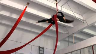 ArtArea Project: Урок по воздушной гимнастике на полотнах Крутка