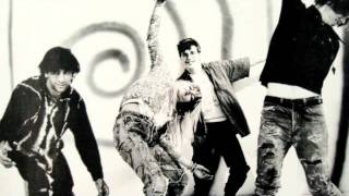 Sonic Youth - Beat On The Brat