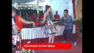 Kandas - Dwi Ratna Feat Cak Brodin