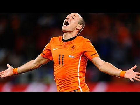 Netherlands Crushes Spain 5-1 - World Cup 2014