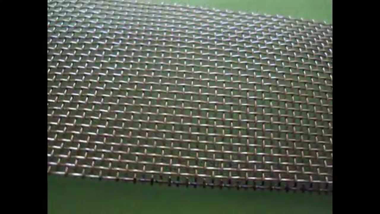 Купить металлическую сетку разных видов, в том числе купить сетку для забора, в наличии оцинкованные сетки, сетка с полимерным покрытием, купить выгодно у нас.