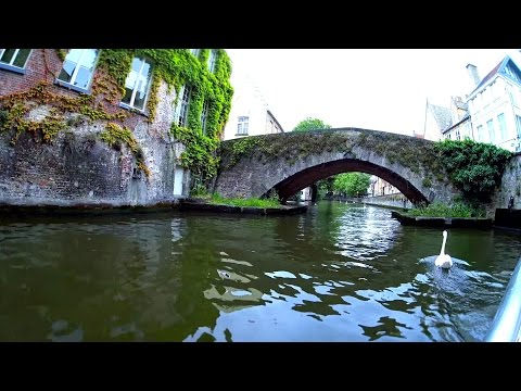 25 minutes | The Canals of Bruges, Belgium