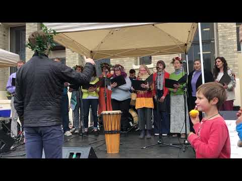 Chicago Waldorf School Community Choir performs at May Fair 2019