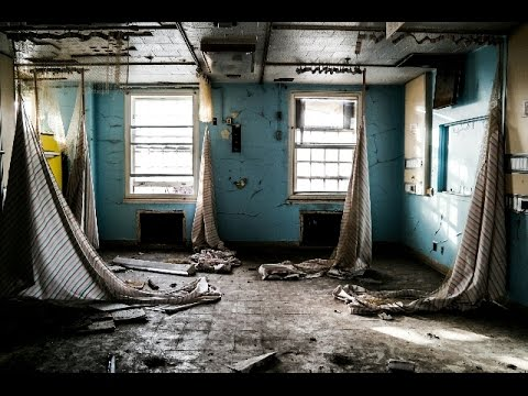 ABANDONED HOSPITAL WITH XRAY MACHINES!