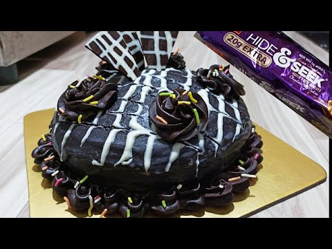 hide-&-seek-biscuit-cake-in-pressure-cooker-with-decoration-without-whipped-cream,-eno,-egg,-oven