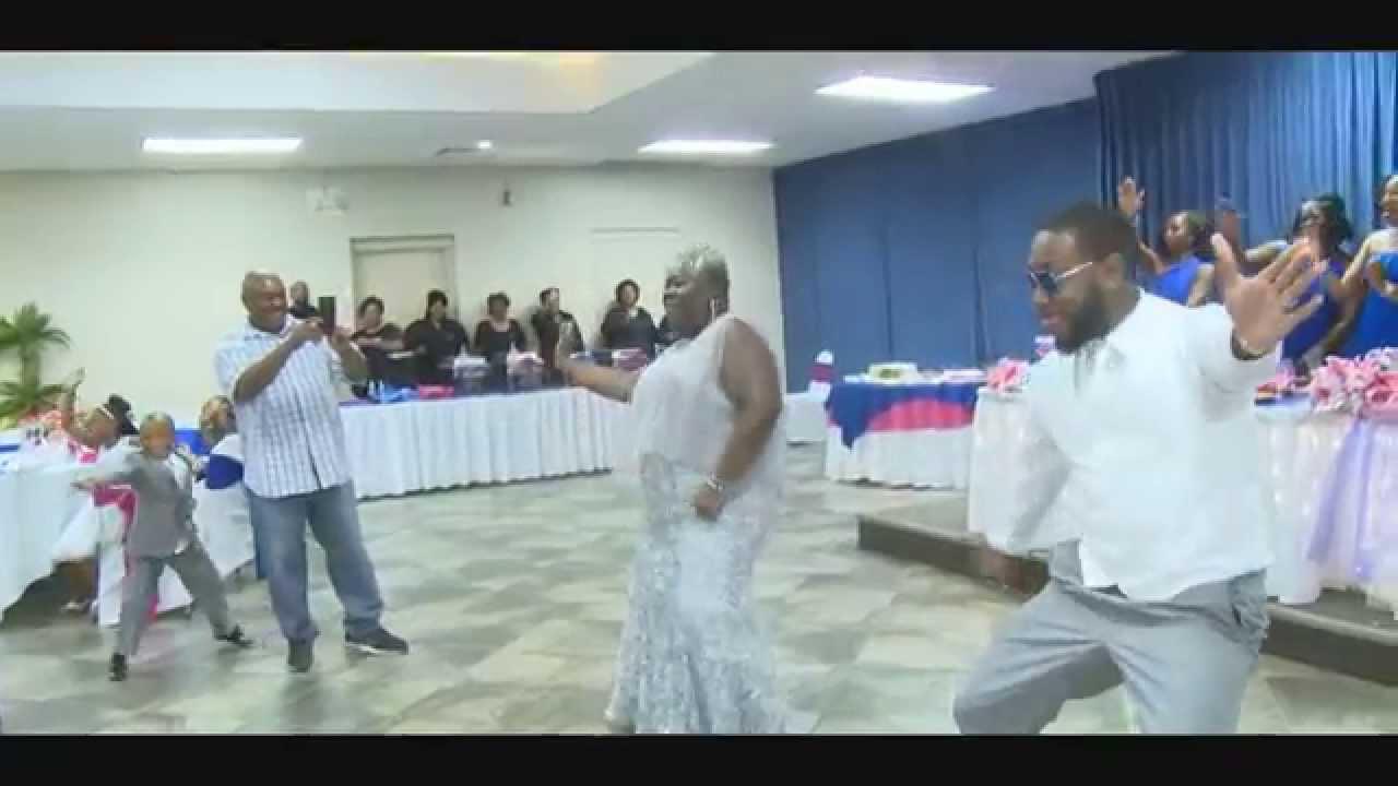 Download (Mom & Son Dance)