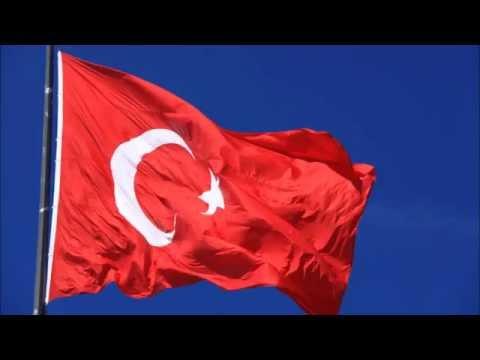 Bayrağım, bayrağım o al rengin solmasın,Bayrak Marşı