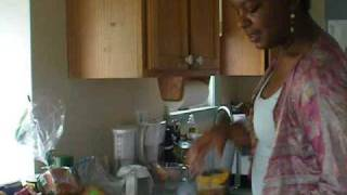 Nectarine Bliss Green Smoothie W/ Nutrition Information (brandi Rollins)