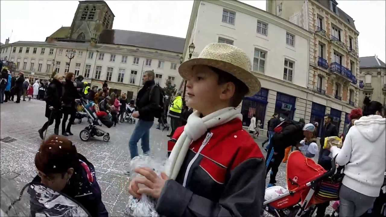 Carnaval chalons en champagne with carrefour chalons en for Carrefour croix dampierre chalons en champagne