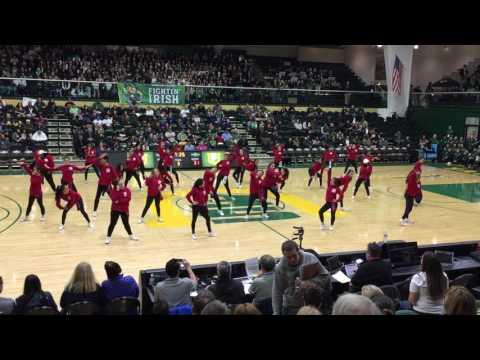 Bruce-Mahoney Basketball 2017:  SI Dance & Drill