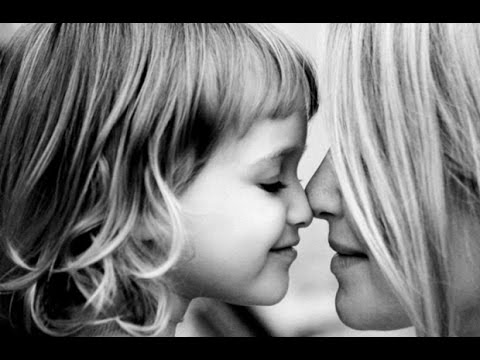 ♫ Мама первое слово | Самая лучшая песня про маму | Mama with English and Russian Subtitles