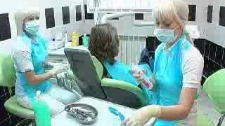 Подростки у стоматолога