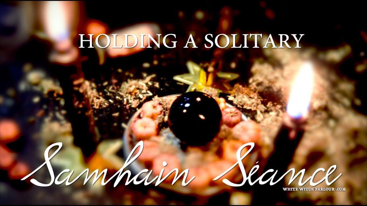 Holding a Solitary Samhain Seance