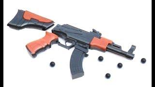 АК 47 цегли іграшковий пістолет, який стріляв