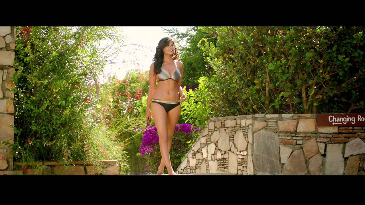Bikini Pooja Salvi: Shortcut Romeo Official First Look Trailer