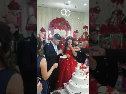 Scotty Davis - Ladies and Gentlemen The Worlds Moodiest Groom Over Cake Cutting