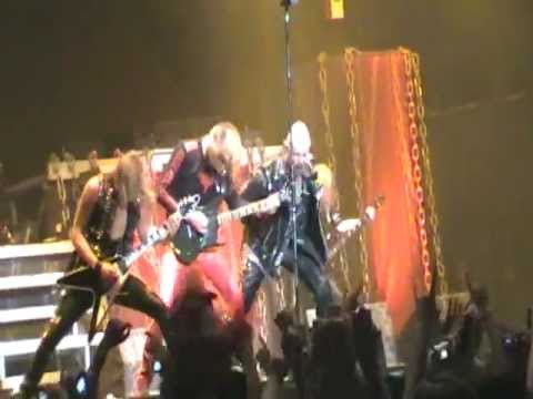 judas priest breaking the law live in santiago de chile 2011 youtube. Black Bedroom Furniture Sets. Home Design Ideas