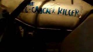 The Fl-cracker Killer