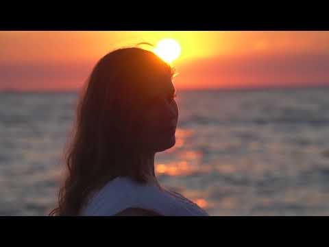 UraganiuS su Aira - Eina Saulelė (Official video)