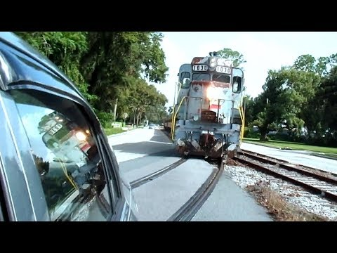 Thumbnail: Train Takes Turn 2 Seconds From Hitting My Car