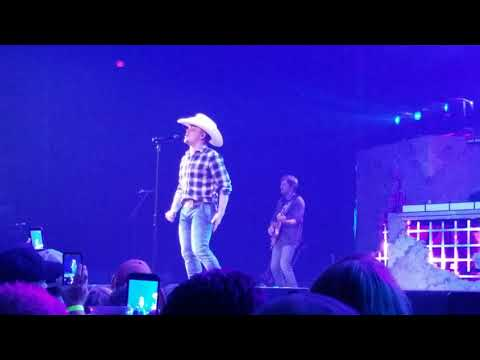 Somebody Else Will-Justin Moore-Pensacola, FL 3/24/2018