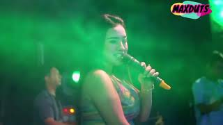 Download Video Dangdut hot Desy Tata saweran dangdut tergokiL konco turu MP3 3GP MP4