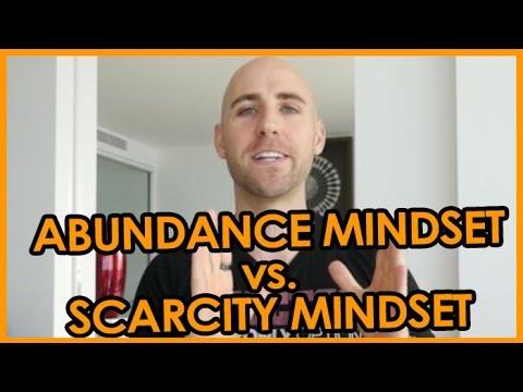 ABUNDANCE MINDSET vs. SCARCITY MINDSET
