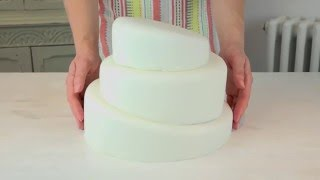 Bake Club presents: How to make a topsy turvy cake