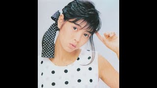 芳本美代子のシングル曲を集めました。 1.白いバスケット・シューズ (作...