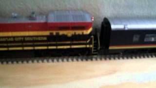 Review on the Walthers Pullman Standard 52 seat Coach,in KCS