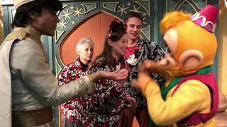 Meeting EVERY character at Mickey's Very Merry Christmas Party! MVMCP Characters!