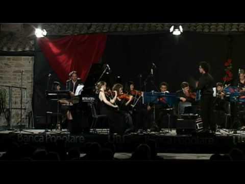 """FESTIVAL TANGO Y MAS 2009 - A. Piazzolla : """"Preludio"""" - Direttore: Roberto Passarella"""