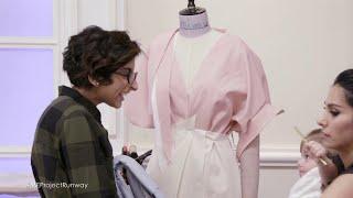 الأجواء في المشغل: 13 ساعة لتصميم ثياب الأم وابنتها!