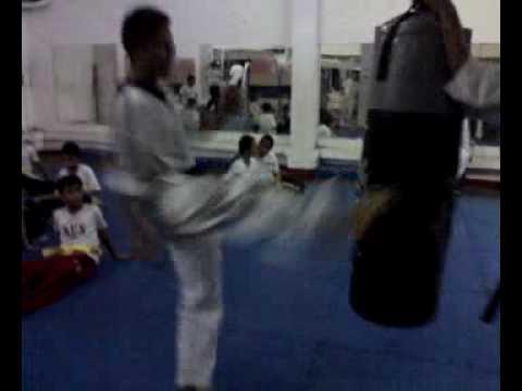 Neri Andaya Bullet Kick