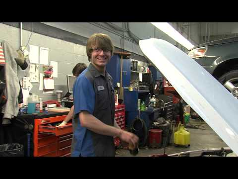 Work at Broadway Automotive! Green Bay, Wisconsin employement video