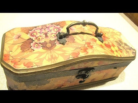 ASMR A BOX FILLED WITH OLD JEWELLERY - NO TALKING - CRINKLE  SOUNDS