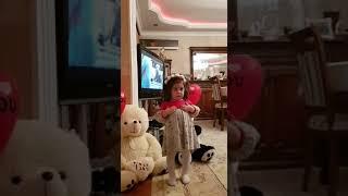 Azerbaycan. Azerbaycanlı şirin qız. Azeri çoçuk. 2yaşlı tatlı bebek