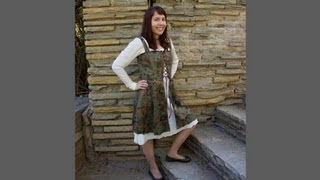 Simplicity Pattern 1773 - Medieval Dress - Overdress